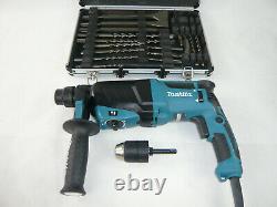 MAKITA Bohrhammer Kombihammer HR2630 X7 + 13mm Bohrfutter & Meißel Bohrer SET