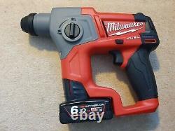 Milwaukee M12ch-0 Fuel Sds Hammer Drill Avec 2 Piles 6.0ah Prix De Vente Conseillé 250 £
