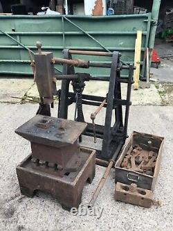 Power Hammer Metal Work Machine Anglaise De Fabrication De Roues